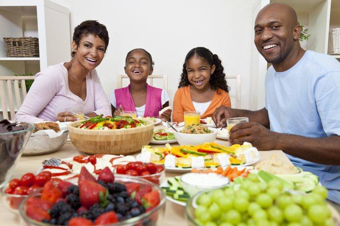 How to Achieve a Balanced Diet for your Kids